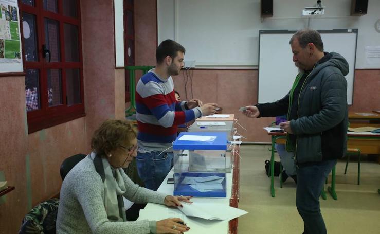 Los vizcaínos regresan a las urnas un mes después