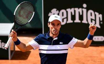 Bautista y Verdasco siguen su tradición en Roland Garros