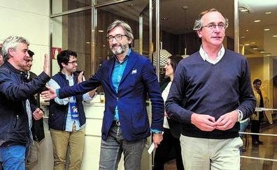 El PP vasco achaca a Casado y a luchas internas su incapacidad para frenar la caída