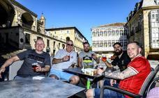 Hinchas de la final de la Champions hacen escala en Vitoria