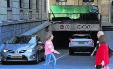 El cobro del IBI en parkings municipales de Bilbao desata las quejas entre los usuarios