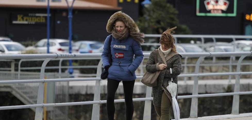 La borrasca 'Miguel' dejará en Bizkaia vientos de hasta 100 km/h esta noche