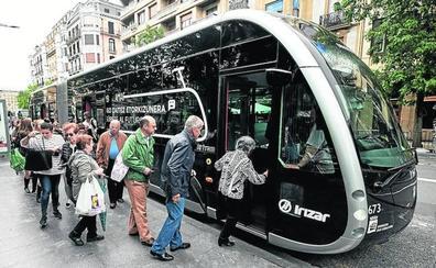Los vitorianos podrán ver el 'bus exprés' los días 17 y 18 en la plaza de la Virgen Blanca