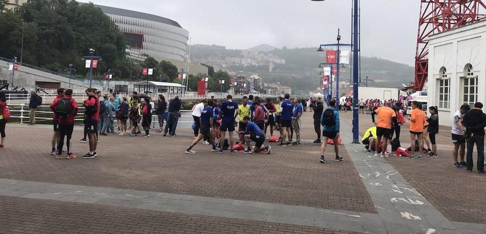 La segunda carrera de empresas de EL CORREO reúne a 1.100 corredores en Bilbao