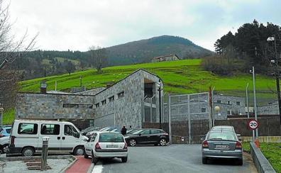 Detenido el menor fugado dos veces del centro de Zumarraga tras intentar robar en un piso de Bilbao