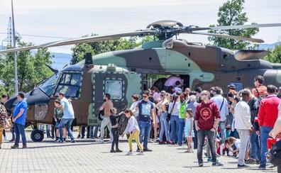 La base militar de Araca se abre a la sociedad