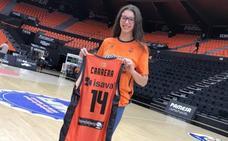 La joven Raquel Carrera reforzará el juego interior del Araski