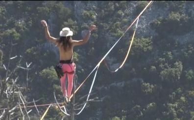 'Caminar' a 300 metros del suelo en los Alpes franceses