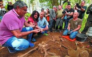 Erkoreka vincula «concordia y memoria» en la exhumación de un gudari en Bizkaia
