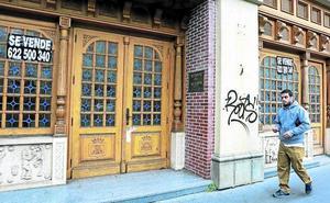Ponen a la venta el asador de Portal de Castilla que acumula 20 años cerrado