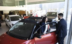 Las ventas de coches aguantan mejor en Euskadi