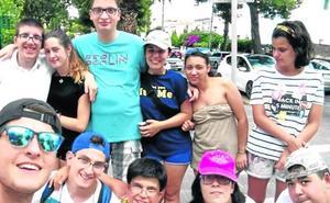 Gorabide ofrece 50 plazas para personas voluntarias en sus programas de verano