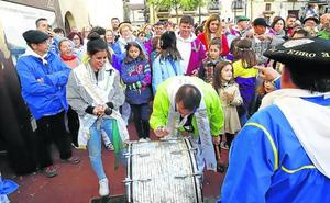 El Bombo vuelve a las aguas del Ebro