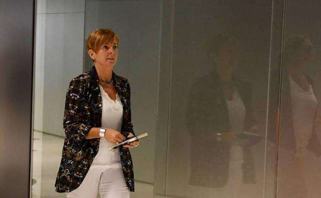 Las empresas se gestionan «tomando medidas», dice Tapia tras el despido masivo en Euskaltel