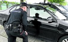 Un ertzaina de Erandio recupera 60 vehículos robados en Bizkaia en menos de dos años