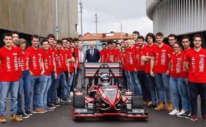 Formula Student Bizkaia taldearen modelo berria aurkeztu dute