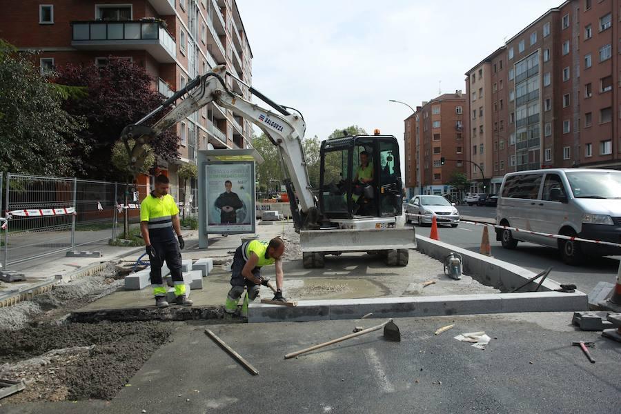 Más de 180.000 euros para reasfaltar una quincena de calles de Vitoria