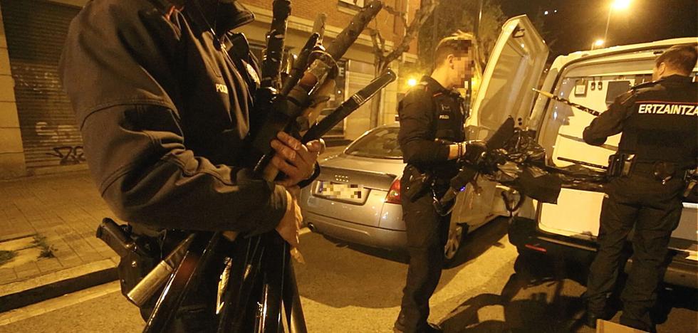 El Tribunal Superior sentencia que los policías locales de Euskadi deben portar armas