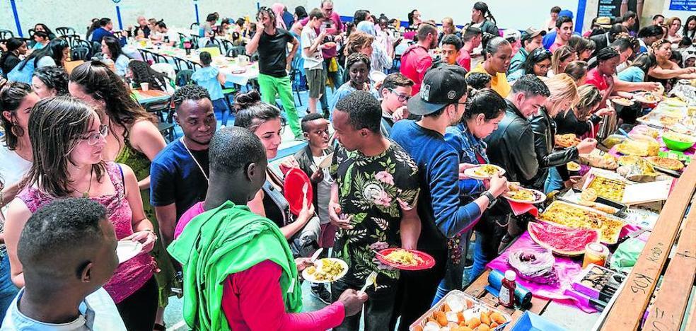 Menú «en familia» para una nueva vida en Vitoria