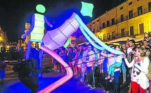 Vuelve hoy a Ermua la 'Noche Abierta' con el espectáculo de luz Big Dancers
