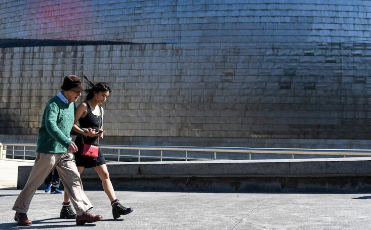Woody Allen, de paseo por Bilbao