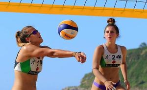 Las «hermanas» del voleibol, campeonas de Euskadi