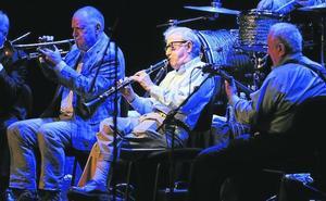 Woody Allen disfruta con el clarinete
