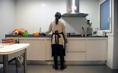 LAB exige un convenio colectivo para las empleadas del hogar