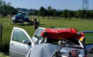 Una persona herida en un choque frontal entre dos vehículos en Gatika