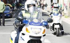 Detenido en Vitoria un hombre por tirar al suelo y pegar patadas a su pareja