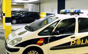 La Policía Nacional detiene en Bilbao a tres fugitivos extranjeros, uno de ellos por violación