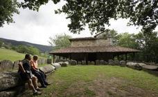El club de montaña Alpino Tabira organiza un recorrido por las ermitas de la comarca