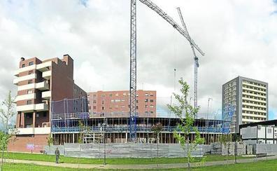 La construcción de 280 viviendas en siete bloques reactiva el polígono de Esmaltaciones