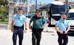 Guardias civiles y gendarmes franceses patrullarán juntos en Laredo y Castro