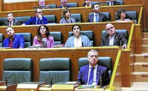 El Gobierno vasco solo ha aprobado 5 de las 28 leyes previstas