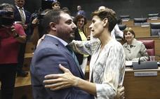 El jeltzale Unai Hualde presidirá el Parlamento de Navarra y EH Bildu entra en la Mesa