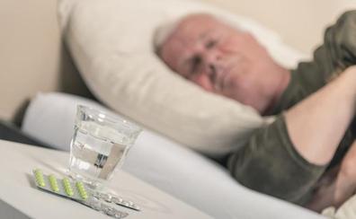 Las personas obesas, sedentarias y con hipertensión primaria duermen menos horas y con una peor calidad de sueño
