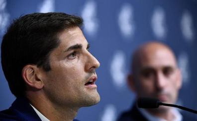 Luis Enrique deja la selección y le sustituye su ayudante Robert Moreno