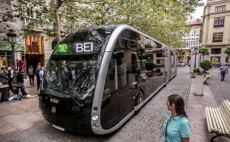 El 'bus-exprés' ya está en Vitoria