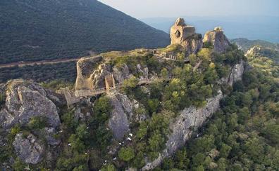 El Instituto Alavés de Arqueología visita este sábado el castillo de Portilla