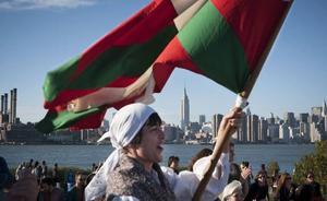 Euskadi Basque Country Laguna saria sortu dute, gure irudia atzerrian sustatzen laguntzen dutenak omentzeko