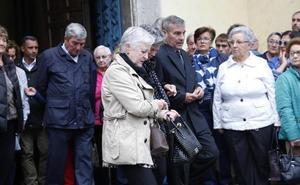 Las emotivas cartas de despedida al joven muerto en Oviedo tras ser agredido en las fiestas