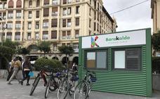 Barakaldo abre hoy tres puntos para el préstamo gratuito durante el verano de un centenar de bicicletas
