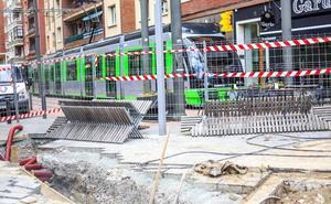 Las obras del tranvía provocarán cortes de tráfico dos meses en las calles Juan XXIII y Pío XII