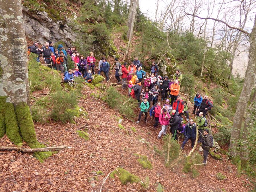 La Escuela de Montaña busca relevos para su próximo curso que arranca en octubre