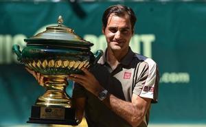 Federer gana por décima ocasión el Torneo de Halle
