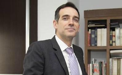 La Fiscalía estudia los insultos de «p***» y «tiparraca» de un dirigente de Vox a la ministra Delgado