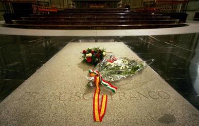 El Gobierno declara secreto de Estado la exhumación de Franco