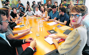El PSN entrega su programa de gobierno a Geroa Bai y Podemos