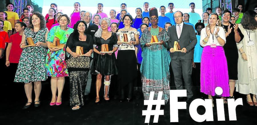 Bilbao celebra con los premios Fair Saturday el impacto de los artistas en el cambio social